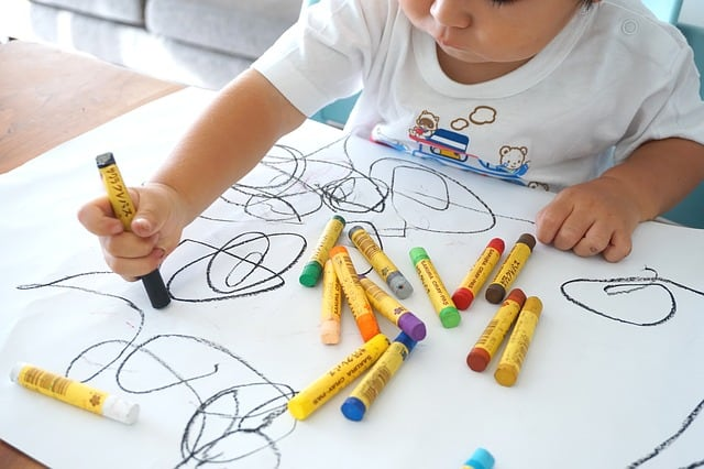 Comment développer la créativité des tout-petits ?