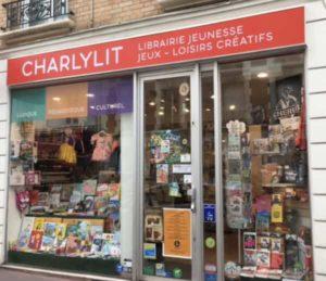 Vitrine librairie enfants Charlylit