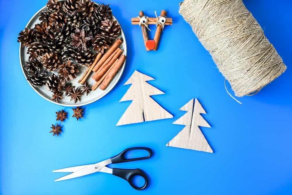 décorations de Noël récupération carton ficelle