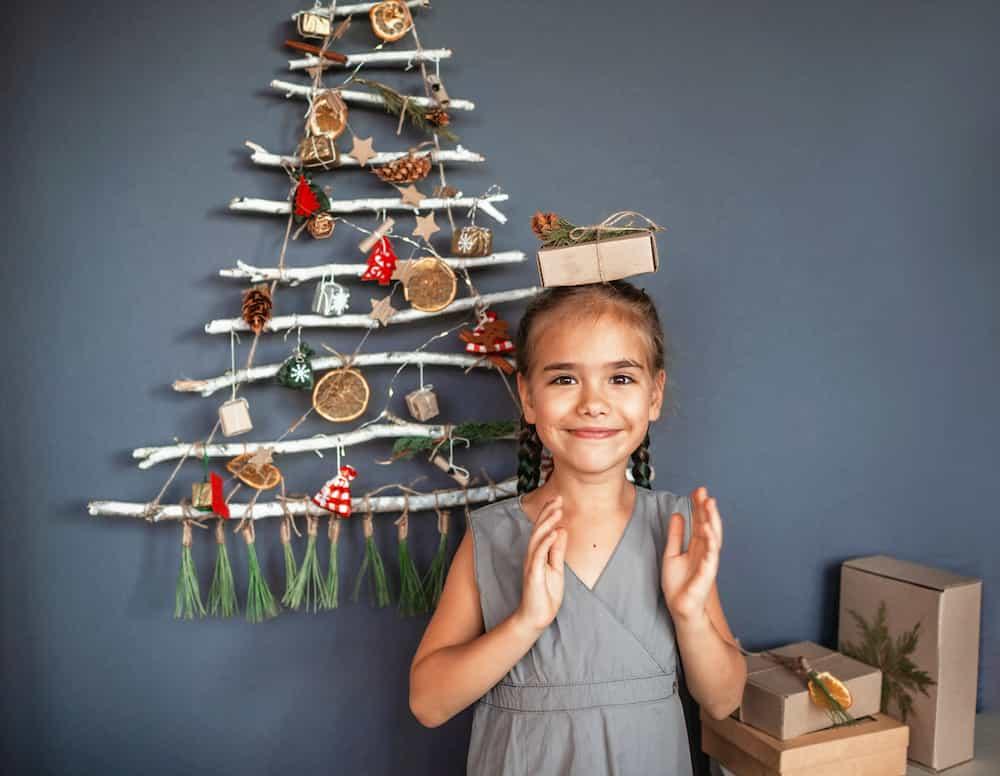 Sapin de Noël en récup carton bois