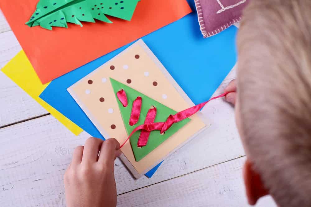 Carte de vœux de Noël en papier et ruban