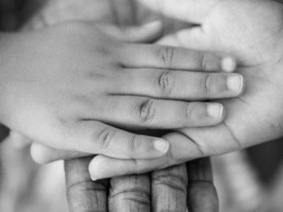 Les Massages Parent-Enfant : entre Complicité et Découverte
