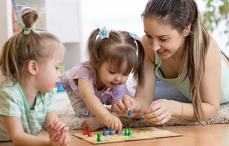 L'Apprentissage du Tour de Rôle chez l'Enfant : Chacun son Tour !