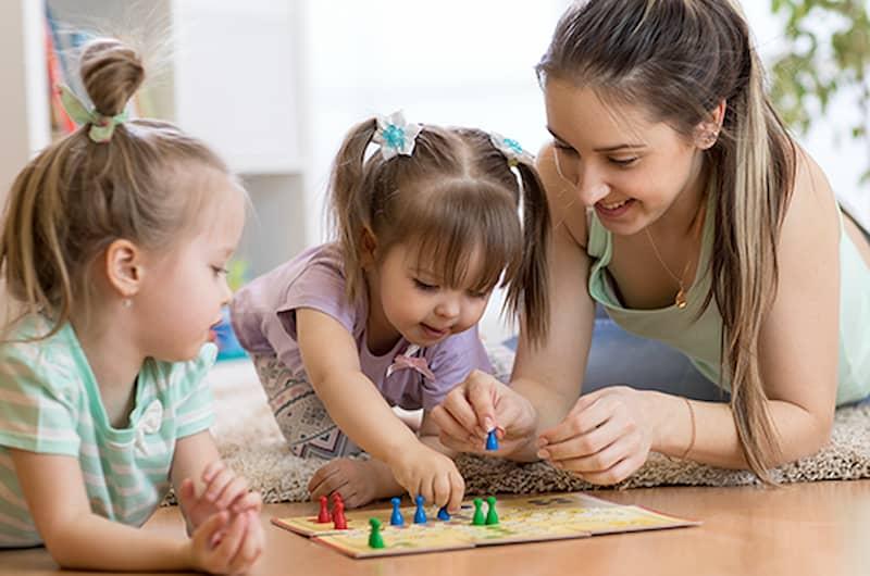 apprentissage du tour de rôle chez l'enfant à travers des jeux de société